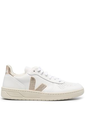 Veja Women Sneakers - V-10 low-top sneakers